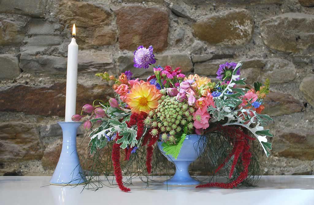 Flower arrangement with flowers Rosemarie Durr