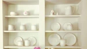 Full set of pottery